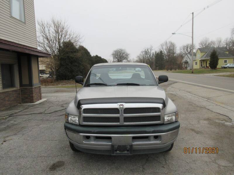 2005 Dodge Ram Pickup 1500 for sale at Settle Auto Sales TAYLOR ST. in Fort Wayne IN