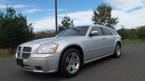 2006 Dodge Magnum for sale at PA Auto World in Levittown PA