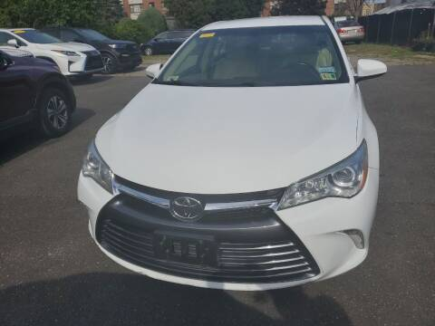 2015 Toyota Camry for sale at OFIER AUTO SALES in Freeport NY