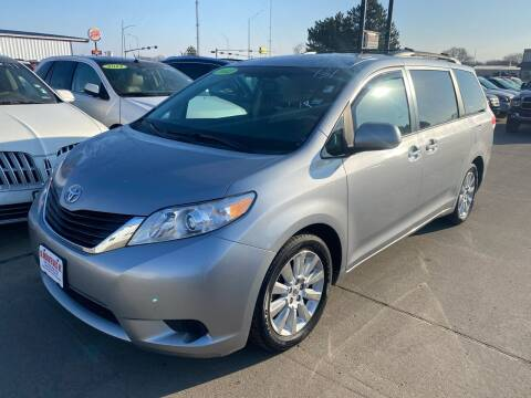 2012 Toyota Sienna for sale at De Anda Auto Sales in South Sioux City NE