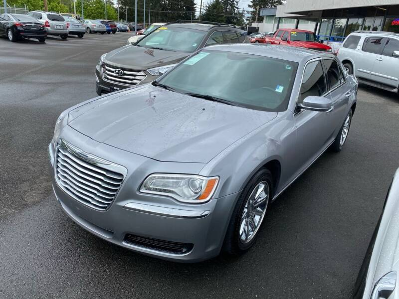 2014 Chrysler 300 for sale at Vista Auto Sales in Lakewood WA