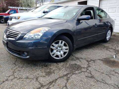 2009 Nissan Altima for sale at CRS 1 LLC in Lakewood NJ