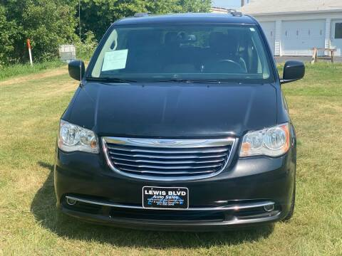 2016 Chrysler Town and Country for sale at Lewis Blvd Auto Sales in Sioux City IA