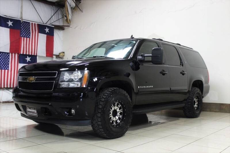 2007 Chevrolet Suburban for sale at ROADSTERS AUTO in Houston TX
