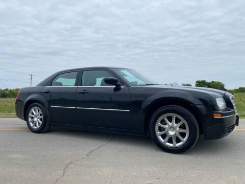 2007 Chrysler 300 for sale at ILUVCHEAPCARS.COM in Tulsa OK