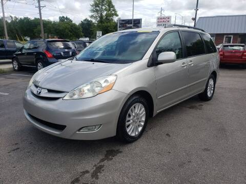 2010 Toyota Sienna for sale at Auto Choice in Belton MO