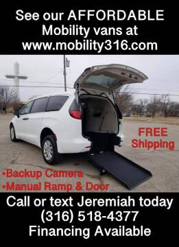 2020 Chrysler Voyager for sale at Affordable Mobility Solutions, LLC - Mobility/Wheelchair Accessible Inventory-Wichita in Wichita KS