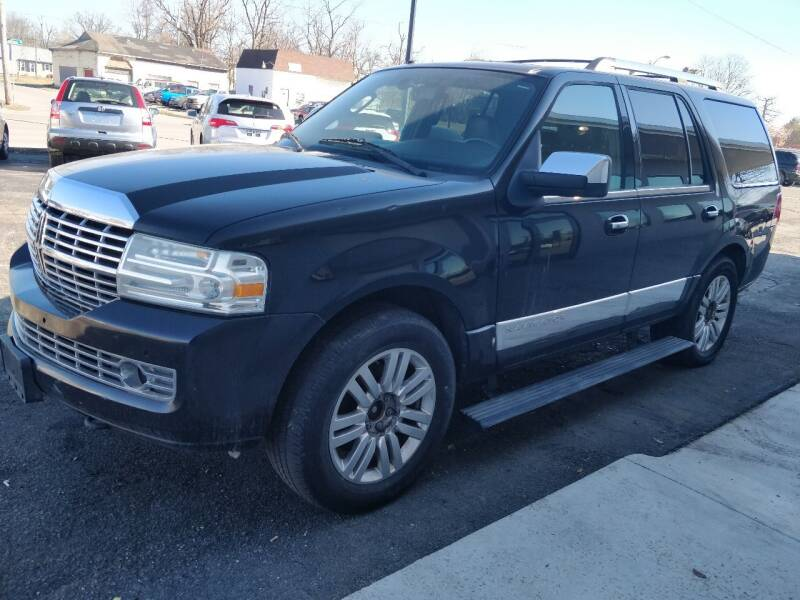 2011 Lincoln Navigator for sale at The Car Cove, LLC in Muncie IN