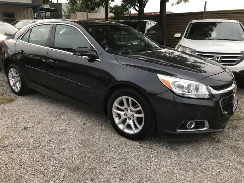 2016 Chevrolet Malibu Limited for sale at AMIGO USED CARS in Houston TX
