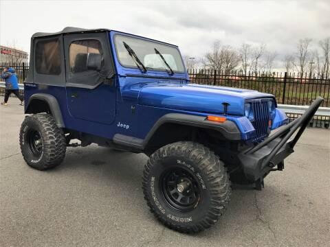 1995 Jeep Wrangler for sale at Ultimate Motors in Port Monmouth NJ