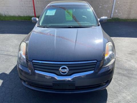2007 Nissan Altima for sale at North Hill Auto Sales in Akron OH