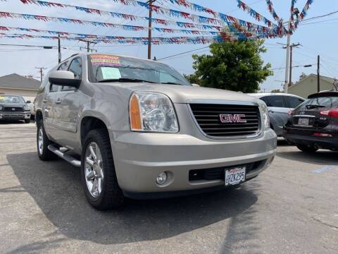 2007 GMC Yukon for sale at Tristar Motors in Bell CA