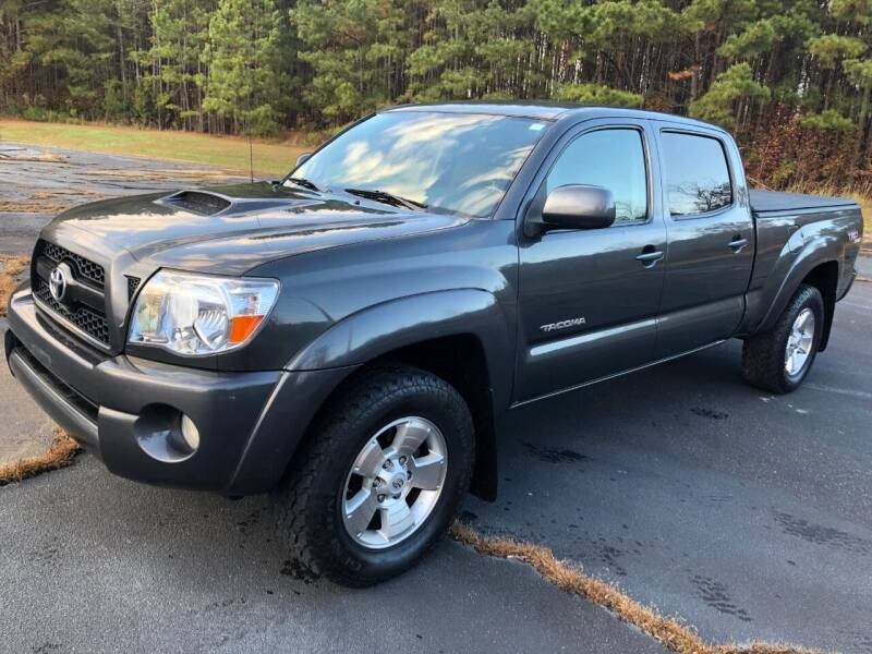 2011 Toyota Tacoma for sale at Global Autos in Kenly NC