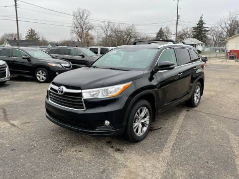 2014 Toyota Highlander for sale at Dean's Auto Sales in Flint MI