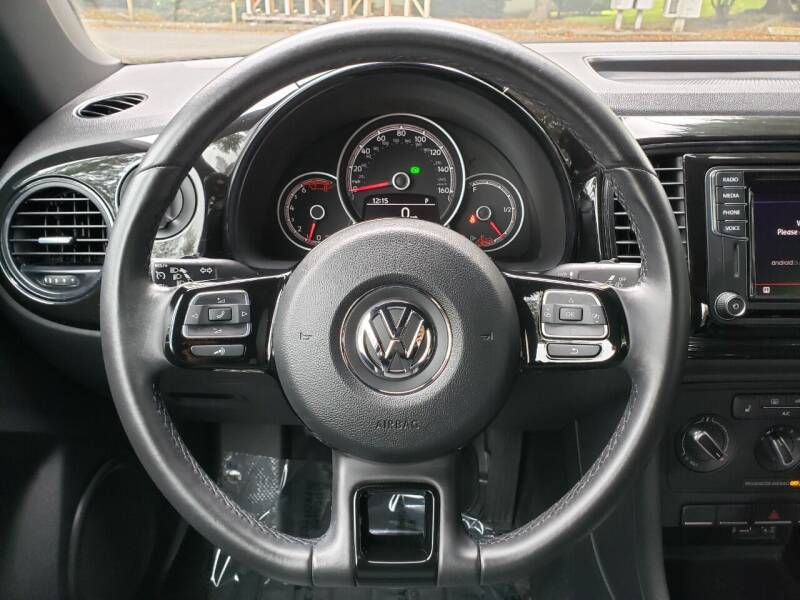2018 Volkswagen Beetle 2.0T S with Style and Comfort 2dr Coupe - Kirkland WA