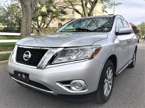 2013 Nissan Pathfinder for sale at Ultimate Motors in Port Monmouth NJ