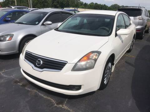 2007 Nissan Altima for sale at Sartins Auto Sales in Dyersburg TN