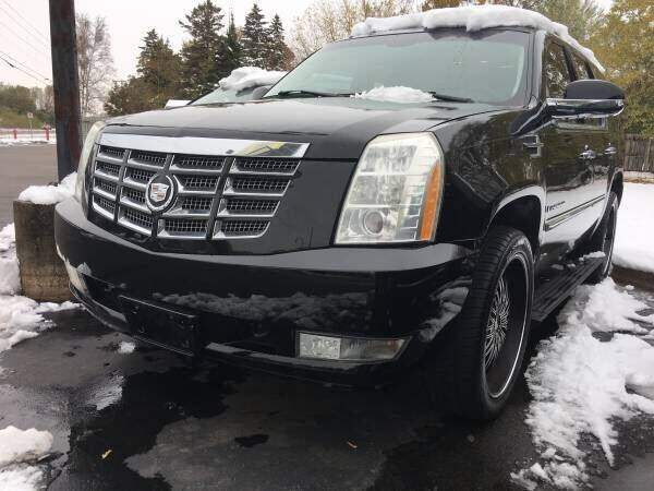 2007 Cadillac Escalade for sale at Premier Motors LLC in Crystal MN