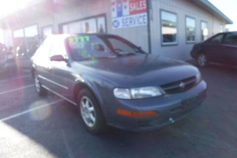 1999 Nissan Maxima for sale at 777 Auto Sales and Service in Tacoma WA