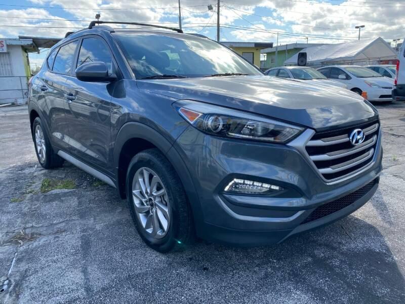 2017 Hyundai Tucson for sale at MIAMI AUTO LIQUIDATORS in Miami FL
