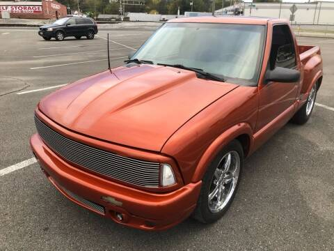 1994 GMC Sonoma for sale at Diana Rico LLC in Dalton GA