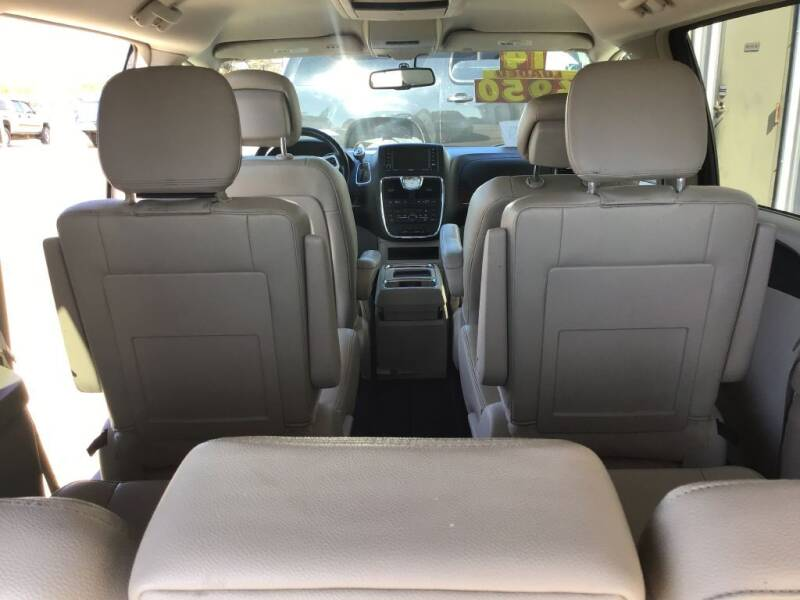 2014 Chrysler Town and Country Touring 4dr Mini-Van - Bates City MO
