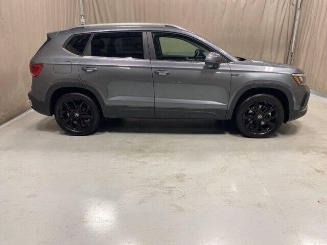 2022 Volkswagen Taos for sale in Fort Wayne, IN