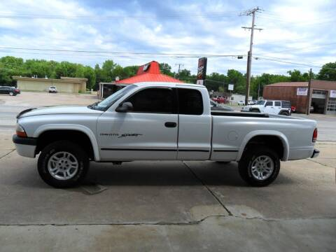 2001 Dodge Dakota for sale at C MOORE CARS in Grove OK