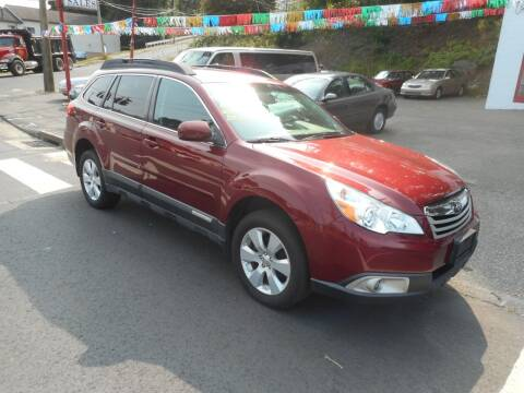 2012 Subaru Outback for sale at Ricciardi Auto Sales in Waterbury CT