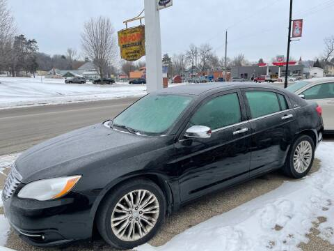 2013 Chrysler 200 for sale at Nelson's Straightline Auto - 23923 Burrows Rd in Independence WI