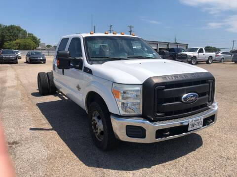 2011 Ford F-350 Super Duty for sale at DFW AUTO FINANCING LLC in Dallas TX
