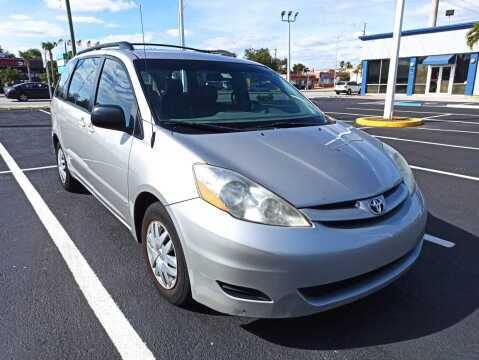 2007 Toyota Sienna for sale at Eden Cars Inc in Hollywood FL