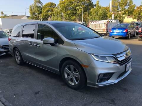 2018 Honda Odyssey for sale at EKE Motorsports Inc. in El Cerrito CA
