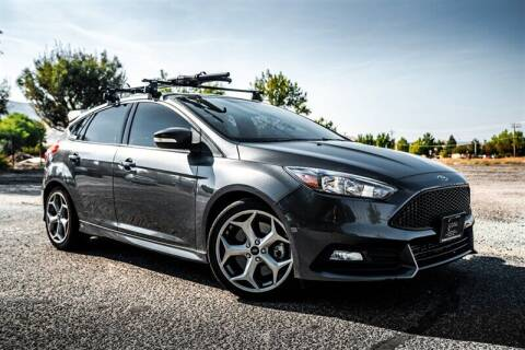 2015 Ford Focus for sale at MUSCLE MOTORS AUTO SALES INC in Reno NV