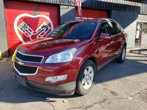 2011 Chevrolet Traverse for sale at Apple Auto Sales Inc in Camillus NY