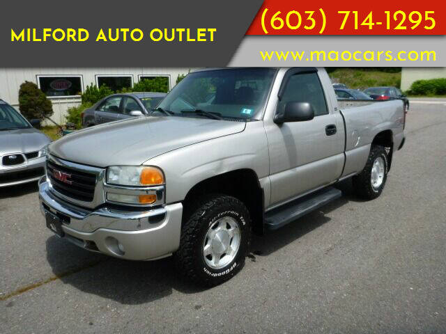 2004 GMC Sierra 1500 for sale at Milford Auto Outlet in Milford NH