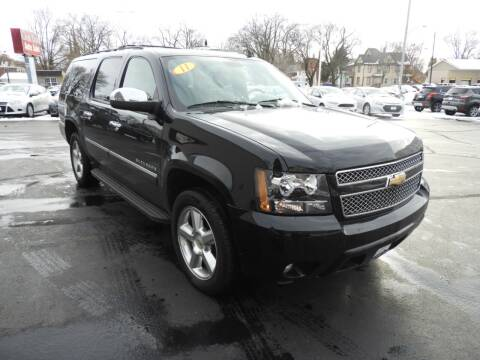 2011 Chevrolet Suburban for sale at Grant Park Auto Sales in Rockford IL