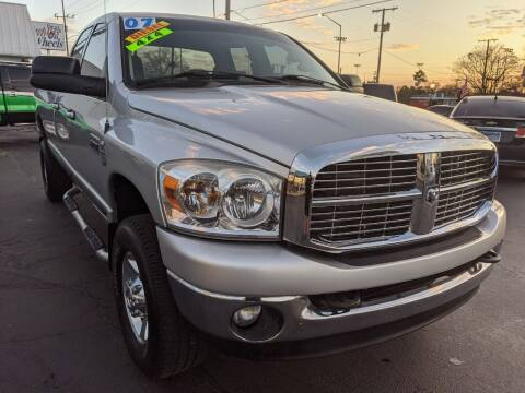 2007 Dodge Ram Pickup 2500 for sale at GREAT DEALS ON WHEELS in Michigan City IN