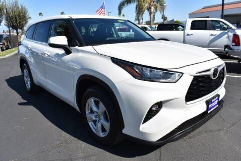 2020 Toyota Highlander for sale at DIAMOND VALLEY HONDA in Hemet CA