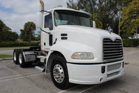 2010 Mack Pinnacle for sale at Truck and Van Outlet - All Inventory in Hollywood FL