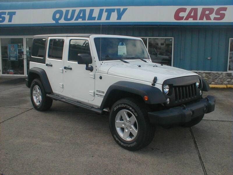2017 Jeep Wrangler Unlimited for sale at Dick Vlist Motors, Inc. in Port Orchard WA