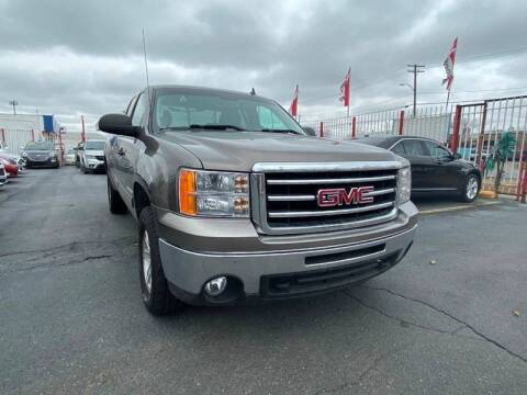2012 GMC Sierra 1500 for sale at Julian Auto Sales, Inc. in Warren MI