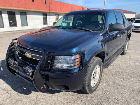 2007 Chevrolet Avalanche for sale at Best Buy Auto Sales in Murphysboro IL