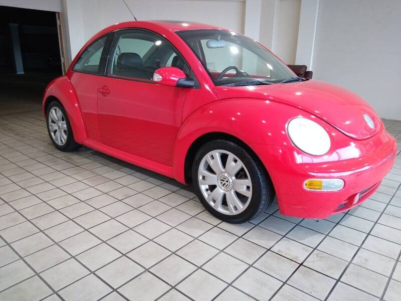 2003 Volkswagen New Beetle for sale at Town Motors in Hamilton OH