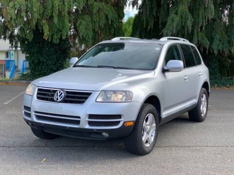 2007 Volkswagen Touareg for sale at Q Motors in Lakewood WA