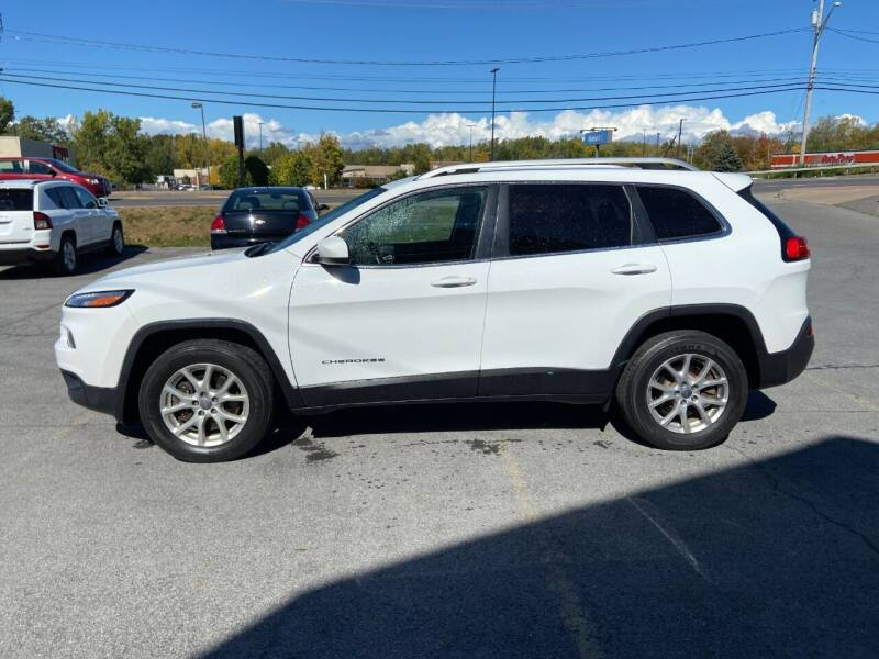 2017 Jeep Cherokee for sale at Mark Regan Auto Sales in Oswego NY