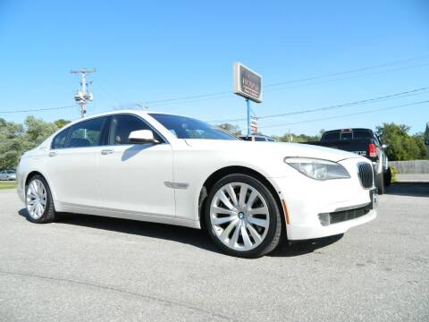 2011 BMW 7 Series for sale at Auto House Of Fort Wayne in Fort Wayne IN