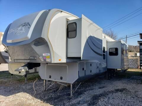 2014 highland ridge  Open Range 427BHS  for sale at Ultimate RV in White Settlement TX