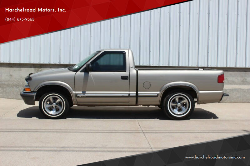 2001 Chevrolet S-10 for sale at Harchelroad Motors, Inc. in Imperial NE
