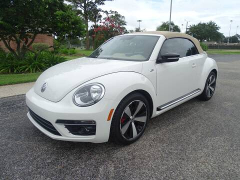 2014 Volkswagen Beetle Convertible for sale at Park Avenue Motors in New Smyrna Beach FL